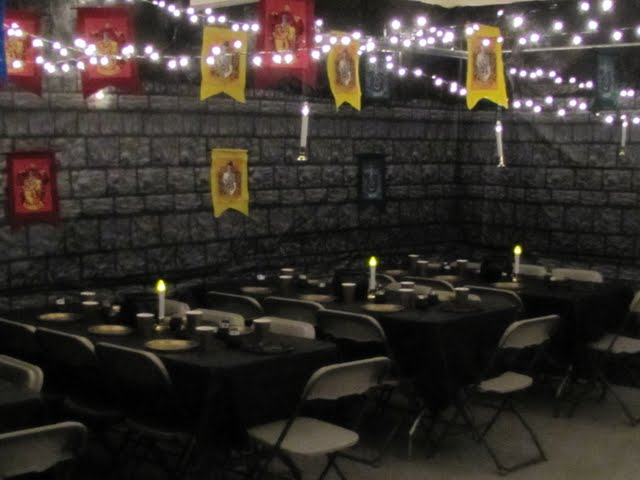 Mammakazesearch results for harry potter party - Deco table harry potter ...
